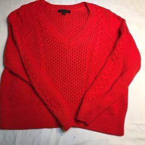 BANANA REPUBLIC RED V-NECK SWEATER WOMEN SIZE L